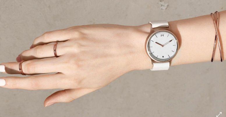Une belle montre connectée pour votre maman